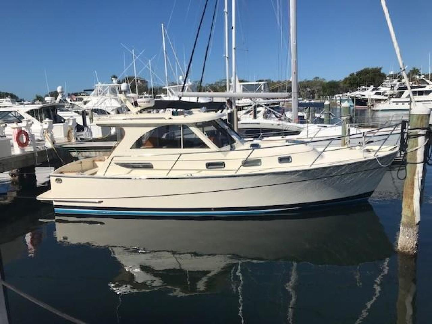 2007 32' Legacy Yachts 32