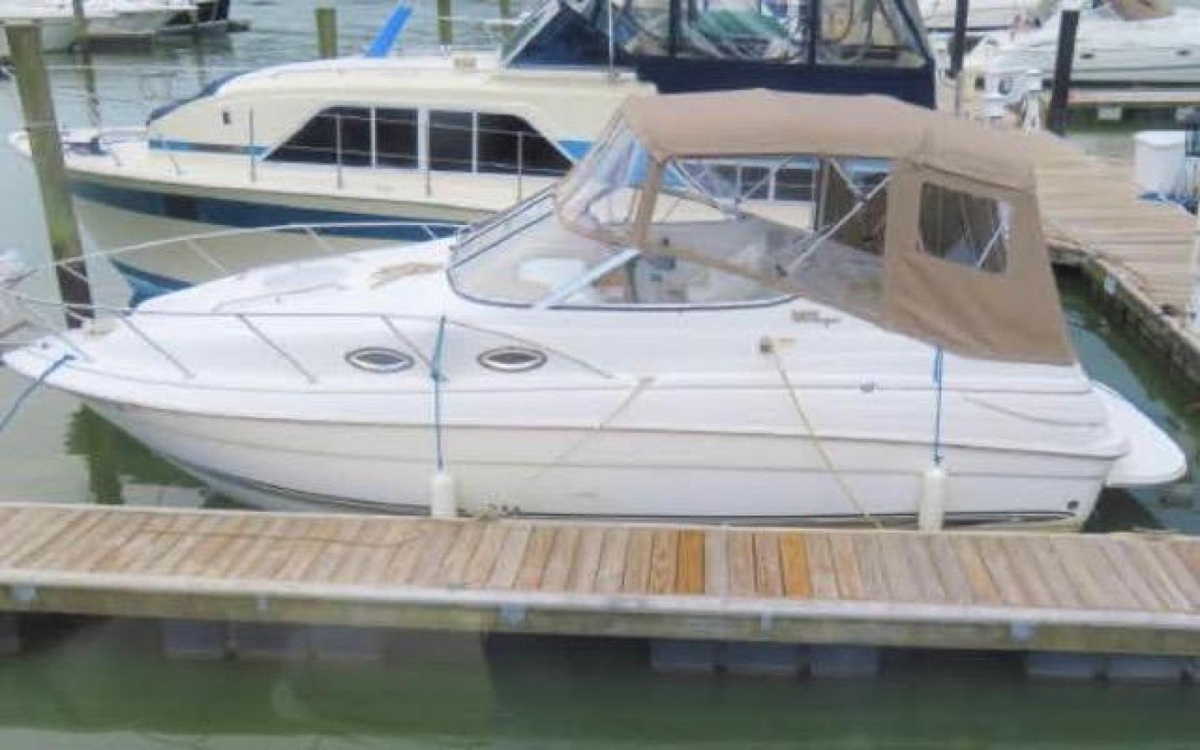 2003 24' Wellcraft Martinique 2400