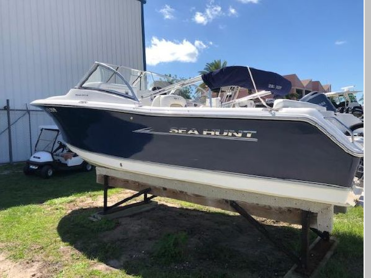 2013 21' Sea Hunt 211 Escape