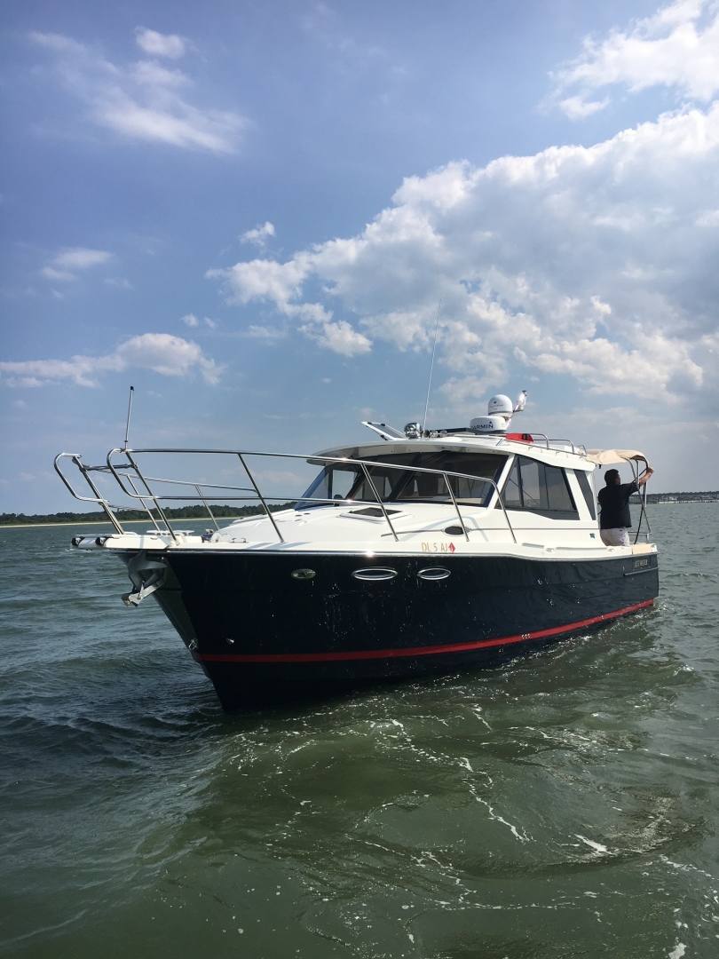 2015 30' Cutwater 30 LE
